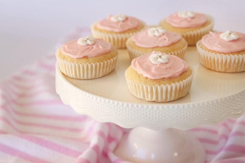 Iced Patty Cakes